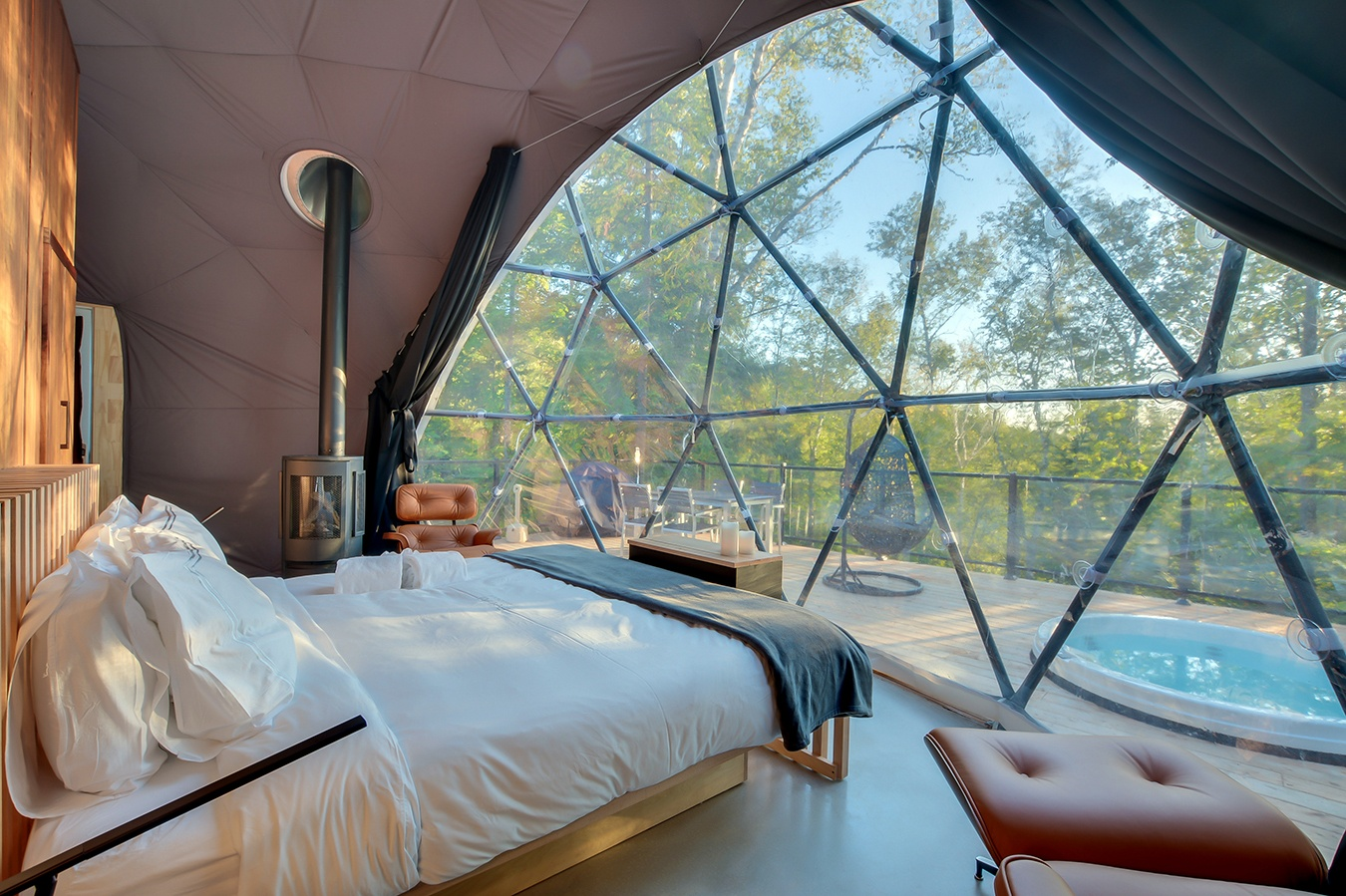 Bel Air dome hotel, hotel Mont Tremblant, dome hotel Tremblant