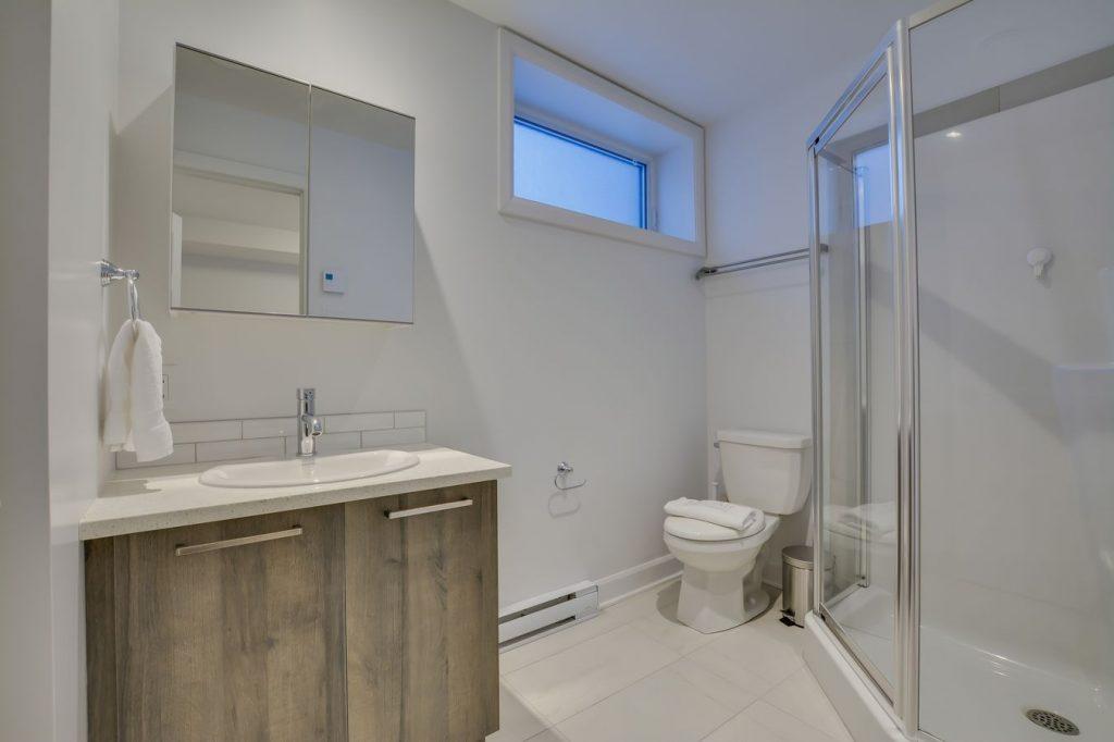 bathroom-four
