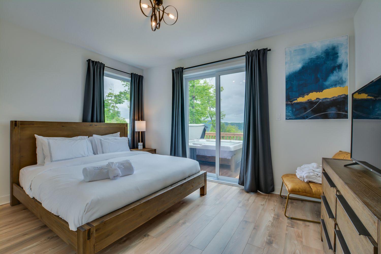 luxury chalet rental Tremblant