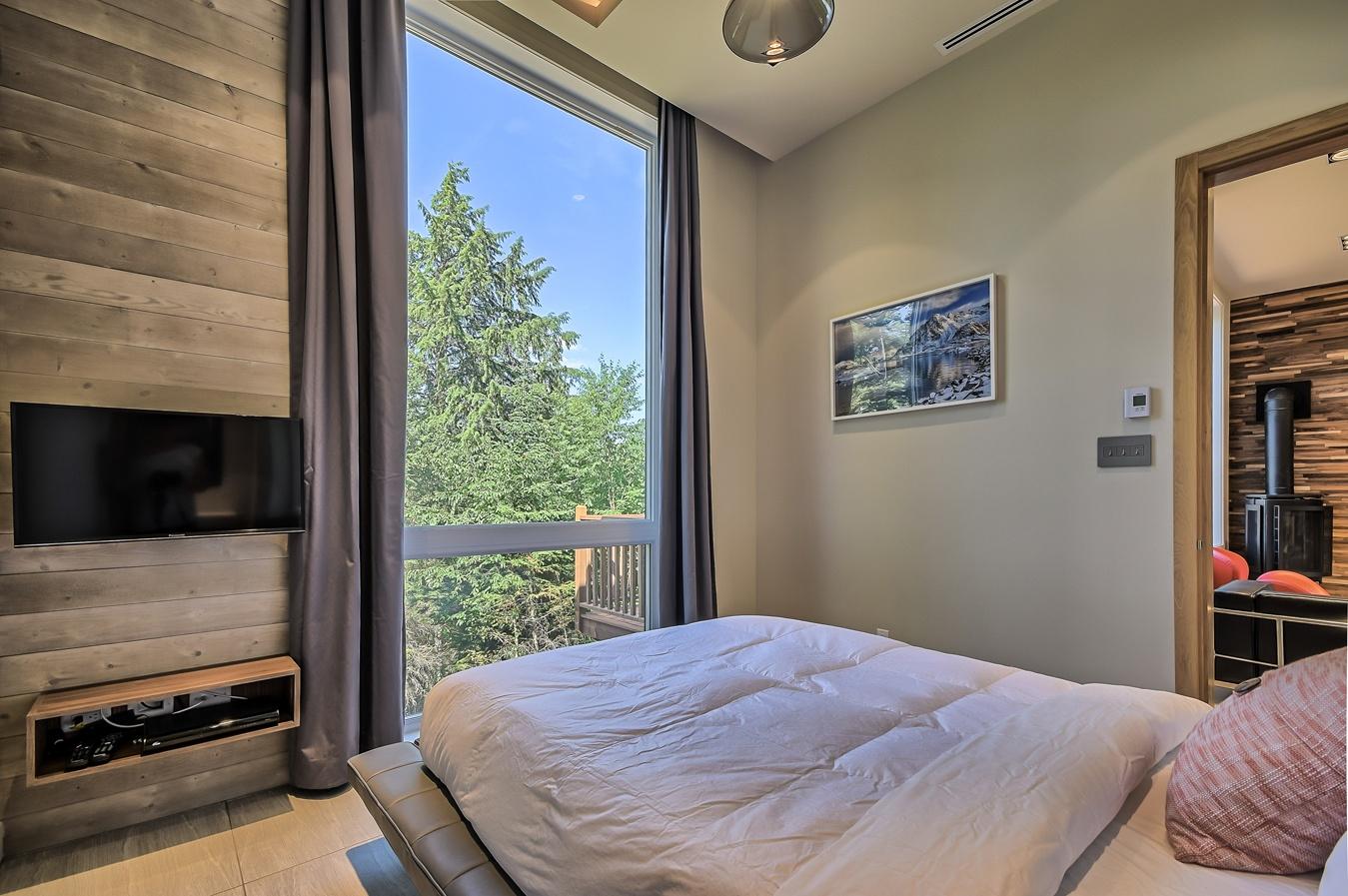 chalet rentals in Mont Tremblant. 3 bedroom