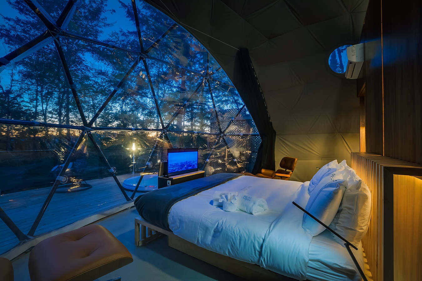 bubble dome hotel Quebec